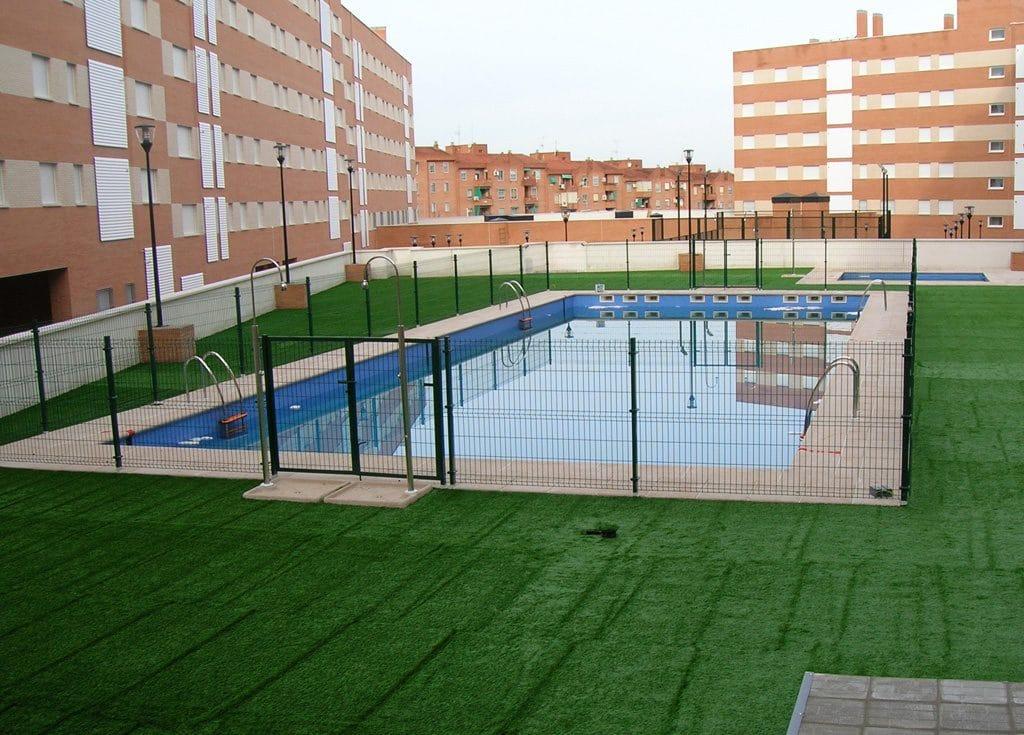 Todo a punto para el ba o en las piscinas comunitarias - Todo para piscinas ...