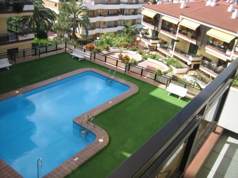 ¿Se puede restringir el acceso de algunos propietarios a la piscina?
